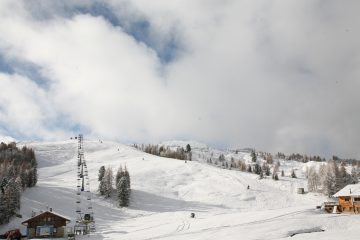 Ski Areas in The Pyrenees and The Dolomites open Early For 19-20 Season